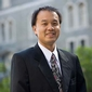 Howard Chong receives Academic Venture Fund award