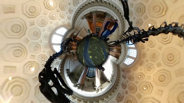 360 degree view of the lobby at the Museum of Natural History