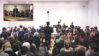 Chris Kim conducts the Cornell Chamber Orchestra