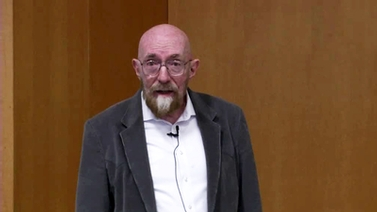 Kip Thorne at the podium