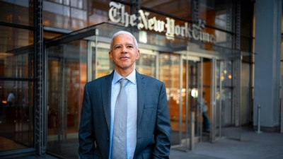 Marc Lacey '87 in front of The New York Times building.